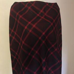 Jones New York Red Plaid Wool A-line Skirt Size 14